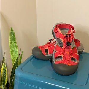 Keen Ravine H2 Sandals Size 7